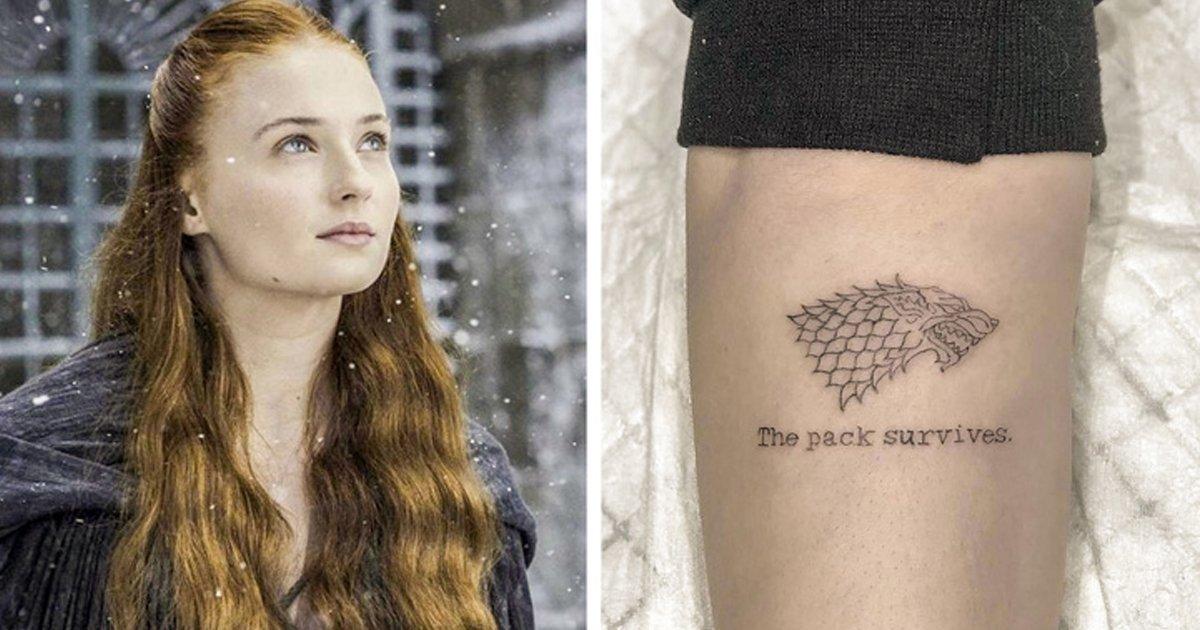 gatoa.jpg?resize=300,169 - 12 tatuajes que se realizaron estos actores recordando las series que les llevaron a la fama