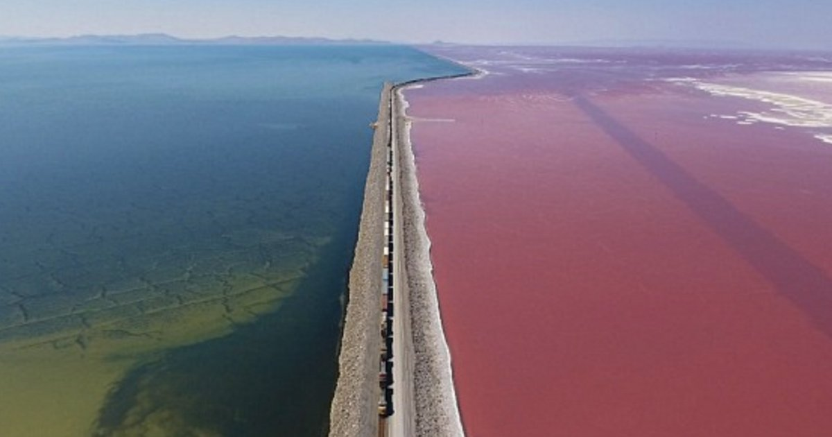 ggg 2.jpg?resize=636,358 - Drone Footage Captures The Great Salt Lake Train Cutting Through Blue And Pink Salt Water