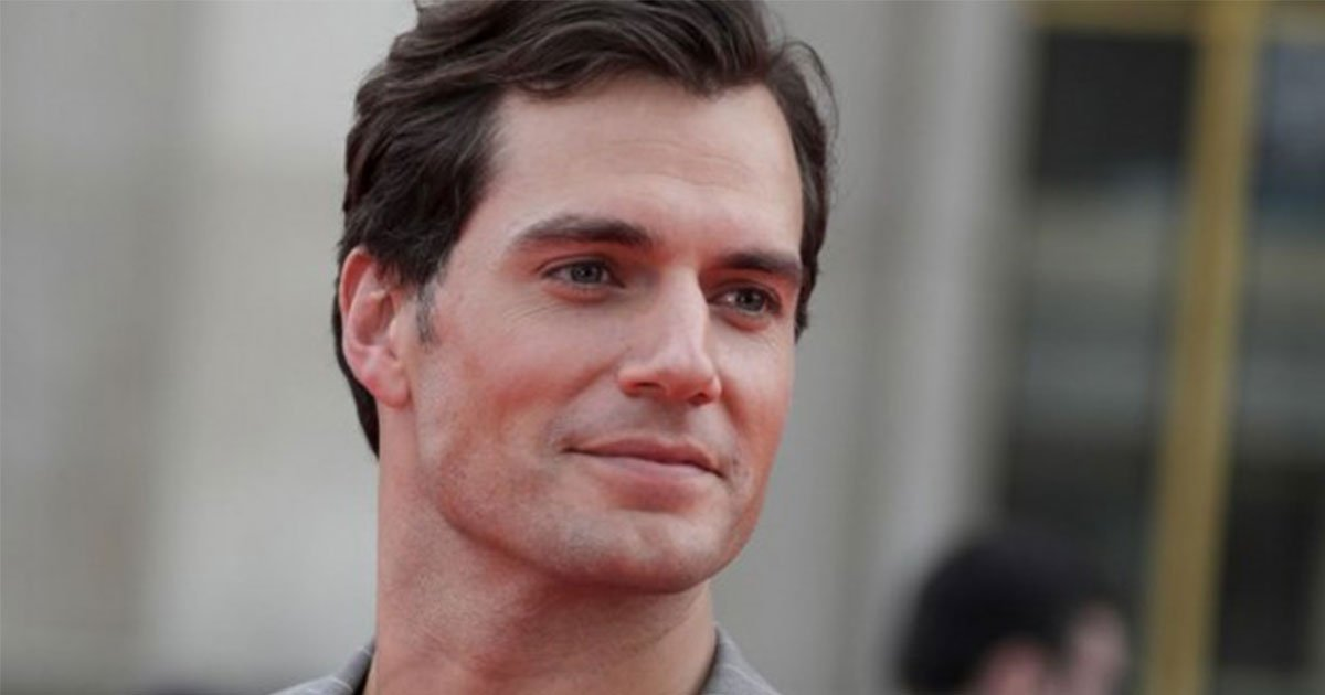 henry cavill is reportedly replacing daniel craig as james bond.jpg?resize=636,358 - Henry Cavill Is Reportedly Replacing Daniel Craig As James Bond