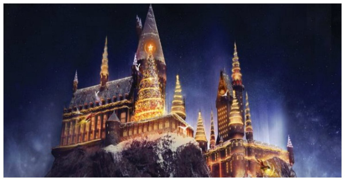hogwarts.jpg?resize=636,358 - Harry Potter Fans Can Enjoy An Absolutely Magical Christmas Dinner In Hogwarts' Great Hall