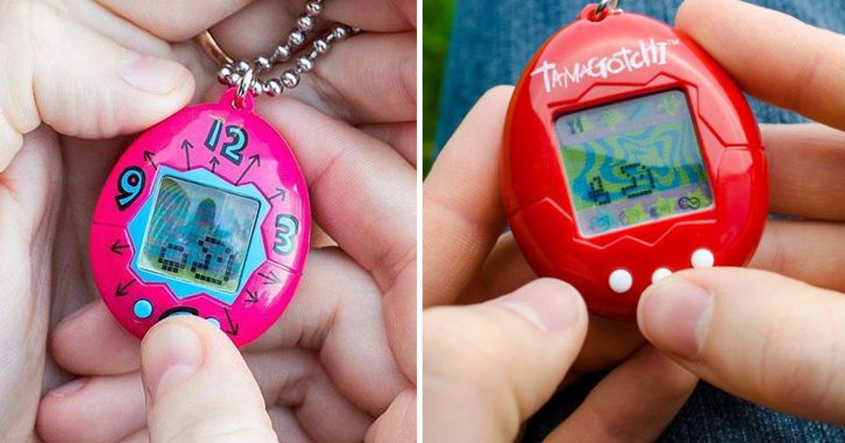 original tamagotchi 1.jpg?resize=648,365 - Le Tamagotchi, un jouet en forme d'œuf très populaire dans les années 90, fait son retour après 21 ans.