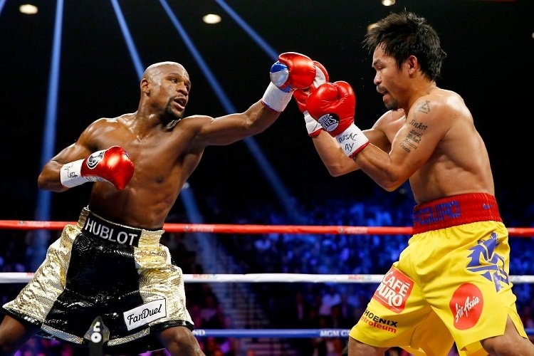 pacquiao.jpg?resize=636,358 - Mayweather Supposedly Coming Out Of Retirement (Again!) To Fight Pacquiao In December