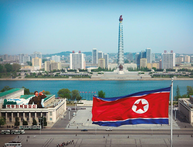 pyongyang north korea kim il sung square.jpg?resize=1200,630 - Fotos atuais mostram como vivem os norte-coreanos
