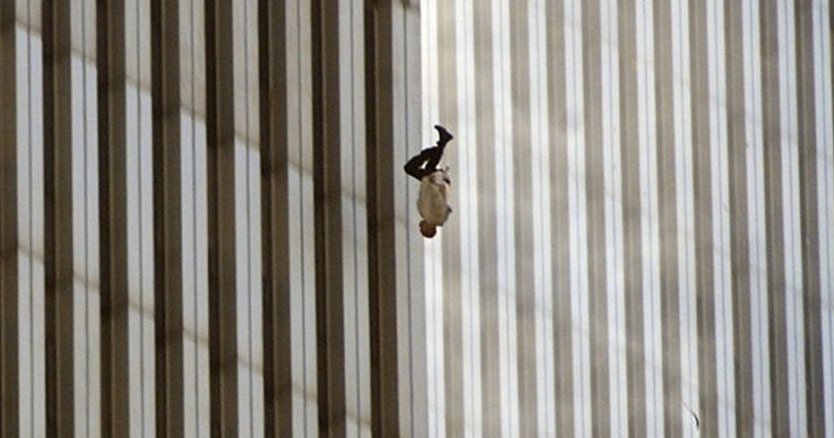 untitled 1 22.jpg?resize=1200,630 - 전세계 충격에 빠지게 한 '9.11테러' 당시 사진들