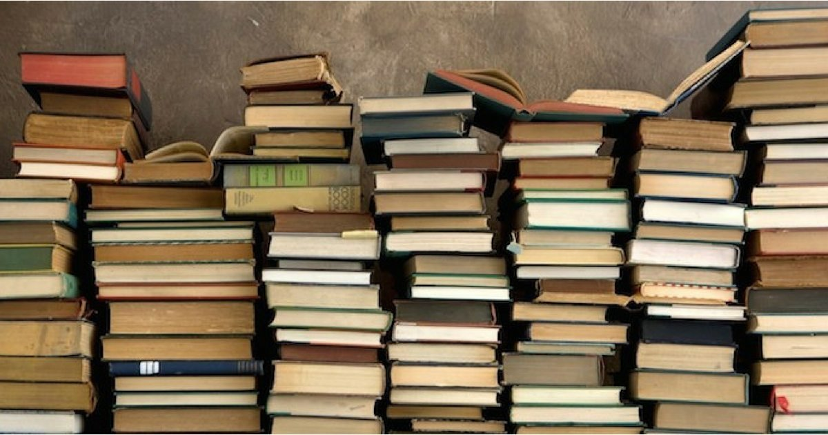 10 6.jpg?resize=412,232 - 15 Ways To Upcycle Books In Your Home