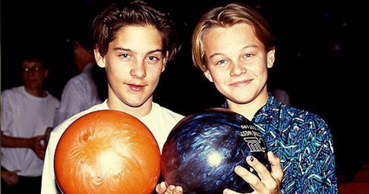 4 106.jpg?resize=1200,630 - 13 Fotos de famosos jóvenes que se conocían desde antes de haber llegado a Hollywood