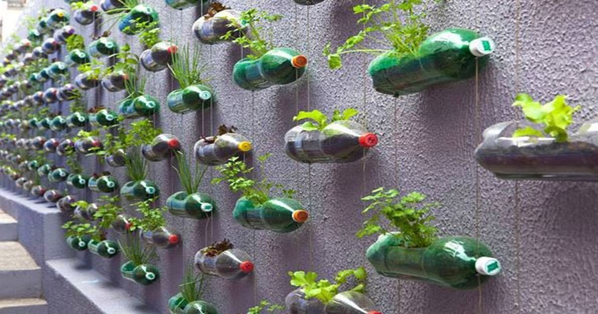 7 163.jpg?resize=1200,630 - 23 Creative Ways To Recycle Old Plastic Bottles