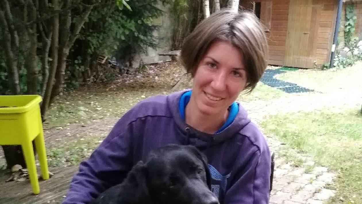 8e58eee1dac0d9b1c8b972599d82a75d nantes chien d assistance retrouve 78 heures d angoisse 0.jpg?resize=648,365 - Handicapée, cette jeune femme lance un appel pour retrouver son chien disparu. 3 jours plus tard, il réapparaît traumatisé.