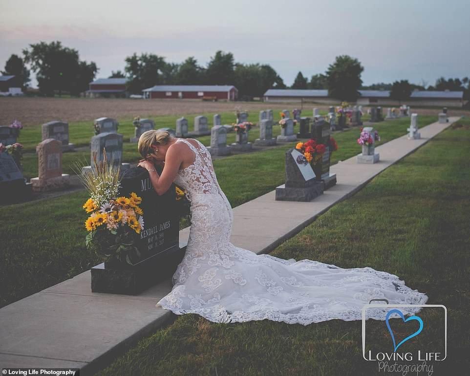 Heartbroken bride, Jessica Padgett (pictured), wore her wedding dress to visit her fiance Kendall James Murphy