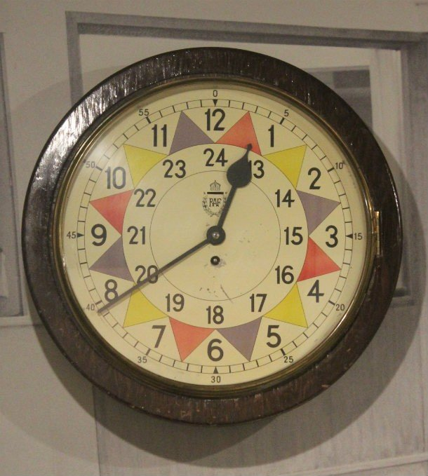 color coded clock