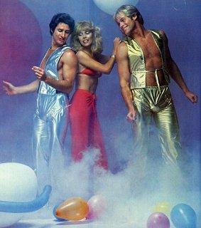 15 fotos que comprovam que a moda masculina dos anos 70 não deve voltar à tona