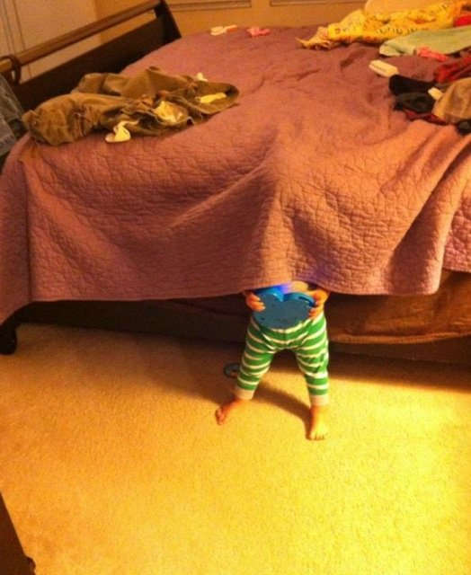 kids-hide-seek-22