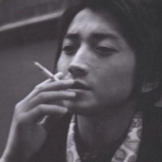 「藤原竜也 タバコ」の画像検索結果