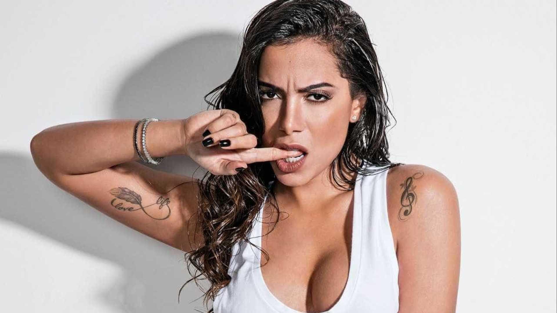 anitta telonas.jpg?resize=412,232 - Anitta corta o cabelo e seguidores a comparam com Kim Kardashian: Ficou parecida?