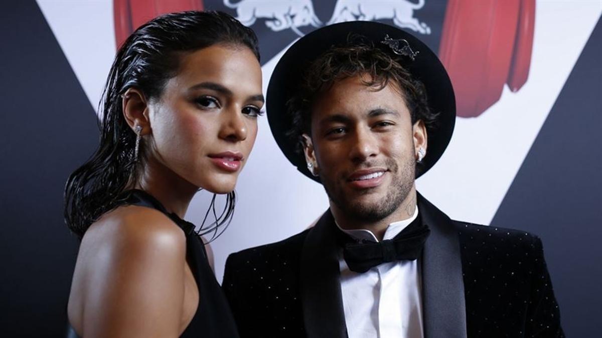 """bruna marquezine assume fim do relacionamento com o jogador neymar 2123939.jpg?resize=412,232 - Bruna Marquezine revela término de namoro com Neymar: """"A decisão partiu dele"""""""