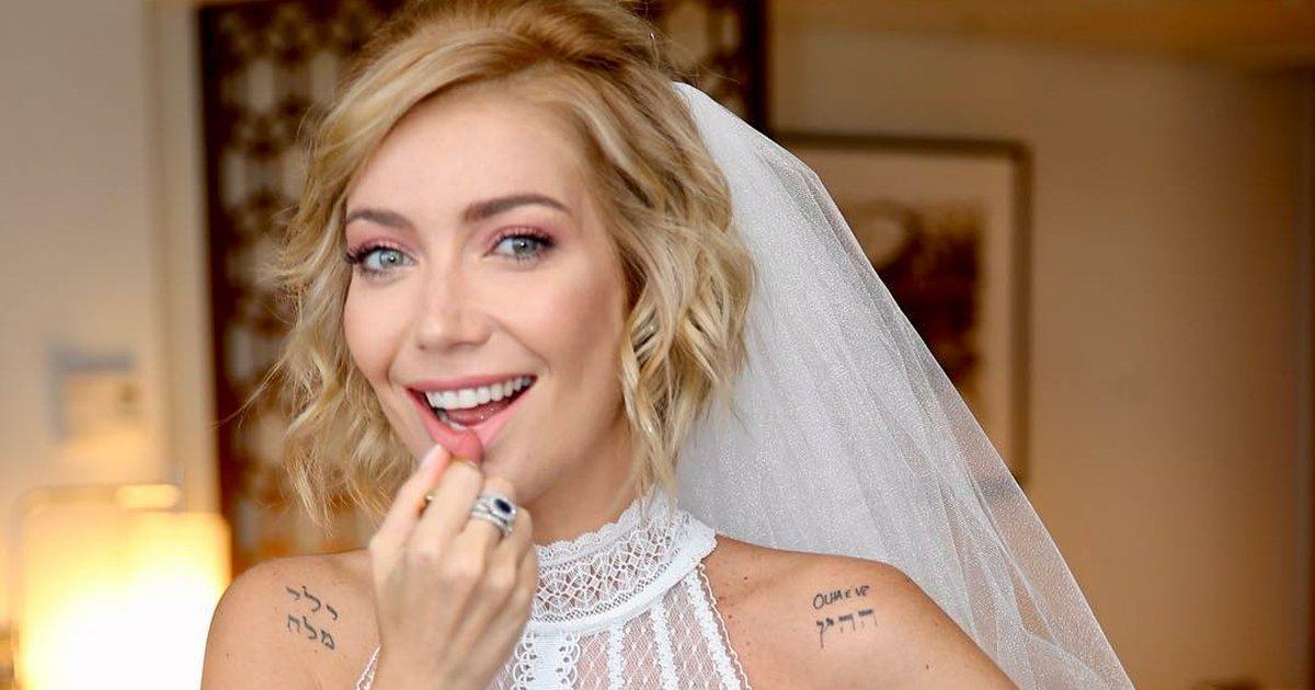 capa9990flj.png?resize=636,358 - Vestido de noiva de Luiza Possi tem design DIFERENTE e charmoso