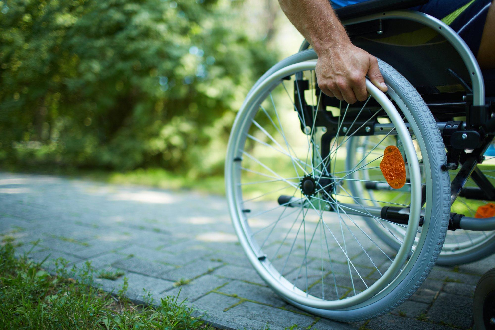 depositphotos 32902693 l 2015.jpg?resize=412,232 - Paraplégique, il est capable de remarcher à l'aide de stimulations électriques.