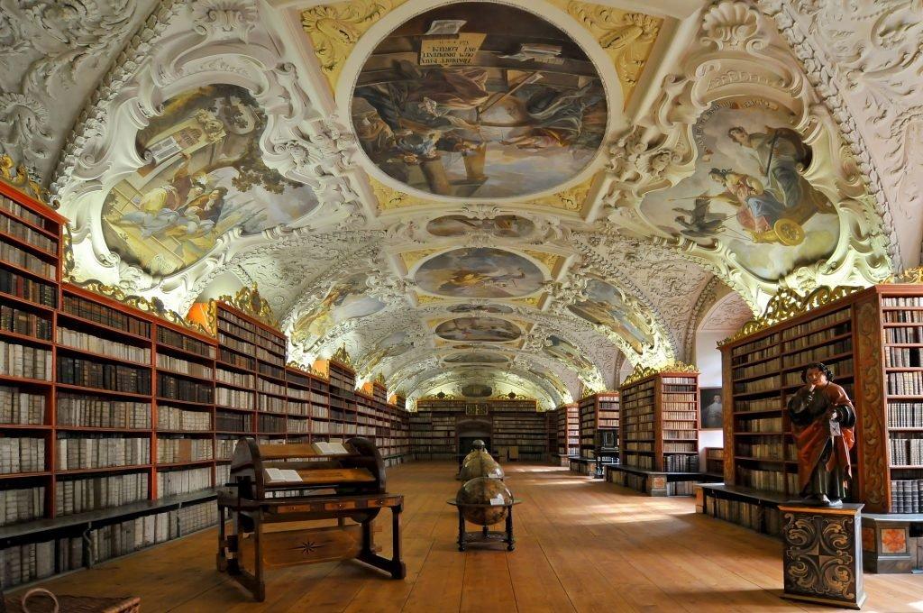 depositphotos 44554481 l 2015 1024x680.jpg?resize=1200,630 - Les 10 plus belles bibliothèques du monde.