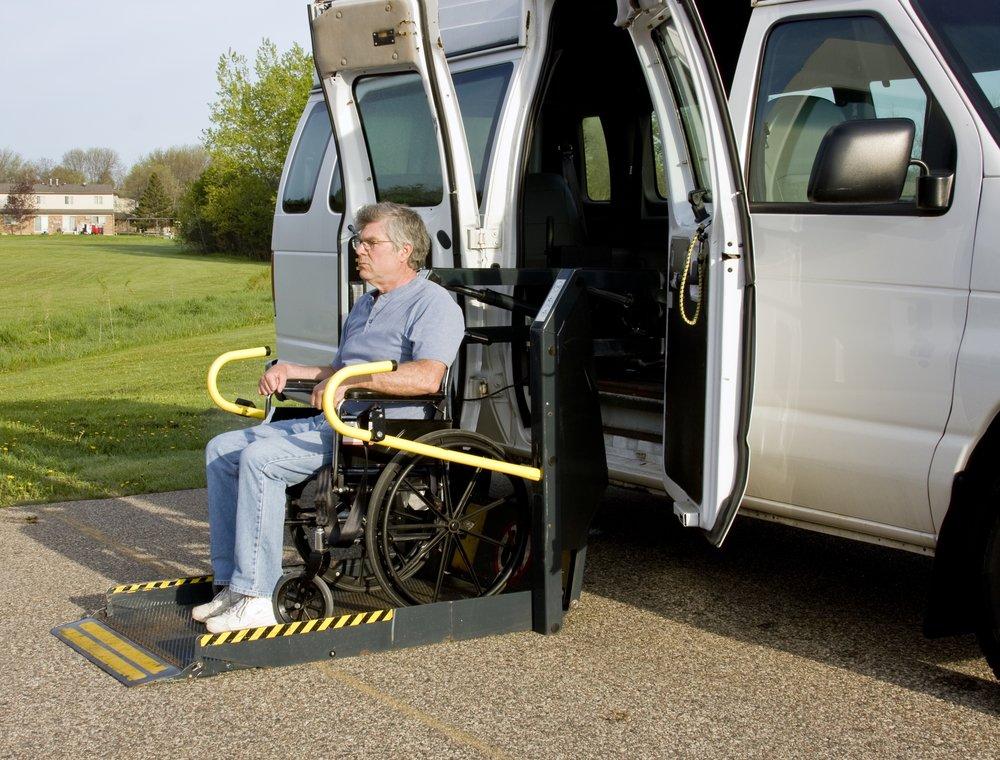 depositphotos 5680716 m 2015.jpg?resize=412,232 - La réforme du remboursement des transports médicaux, pèse sur les familles de patients hospitalisés, en rééducation ou handicapés.