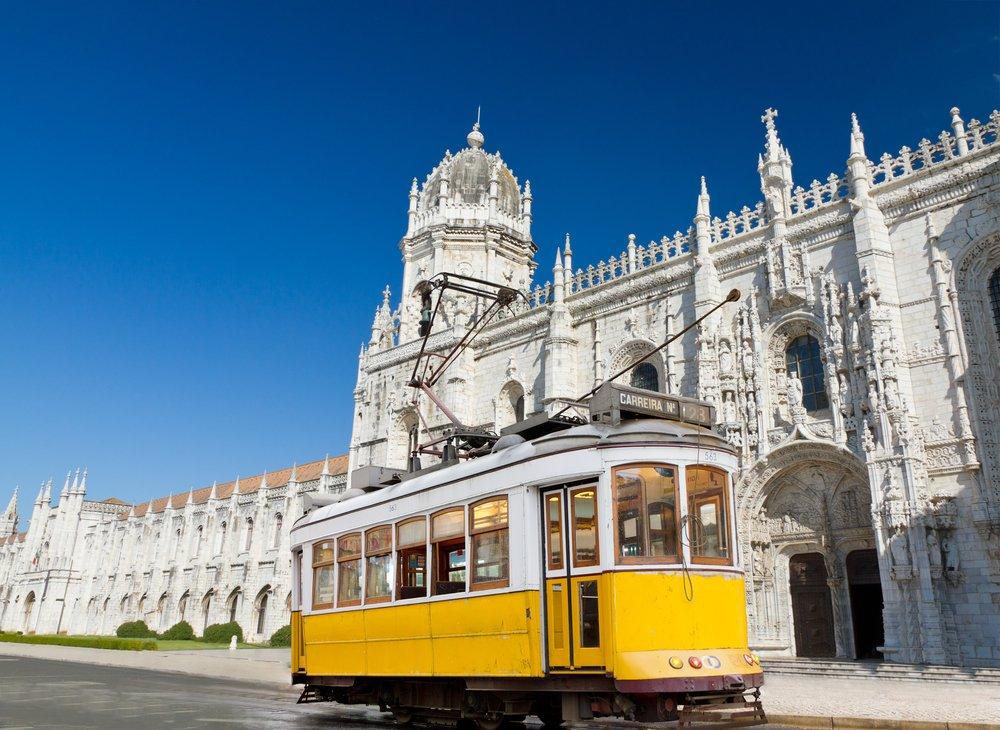 depositphotos 7249369 m 2015.jpg?resize=412,232 - 10 photos de Lisbonne révélant son charme unique.