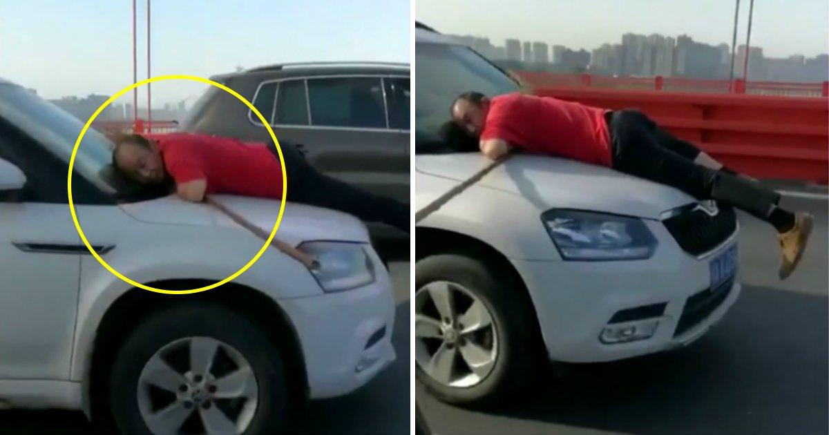 gaga.jpg?resize=1200,630 - Un balayeur de rues en Chine a risqué sa vie en s'accrochant au capot d'une voiture sur 13 km