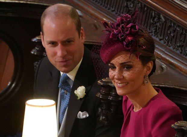 kl.jpg?resize=1200,630 - Momento raro: William e Kate trocam carícias em público durante casamento real