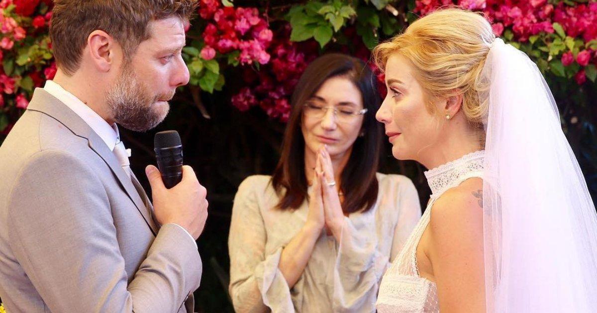 luizapossi.png?resize=636,358 - Vestidos das famosas roubam a cena no casamento de Luiza Possi
