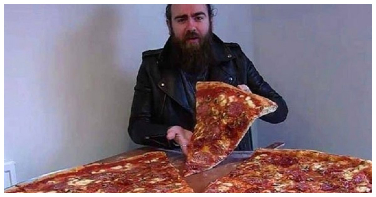 pizza.jpg?resize=1200,630 - This 40-Inch Pizza Eating Challenge From Mwah Pizzas Will Test Just How Much You Love Pizza