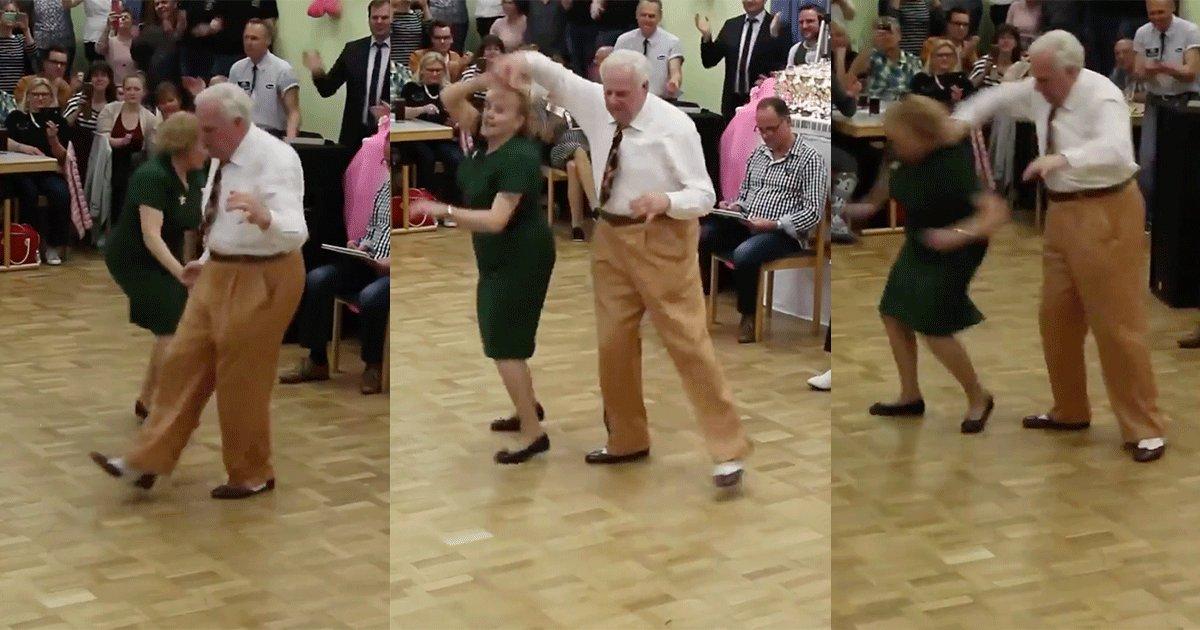 sin titulo 1 16.png?resize=648,365 - Miles de personas quedaron boquiabiertos al ver los increíbles pasos de baile de esta pareja de abuelos