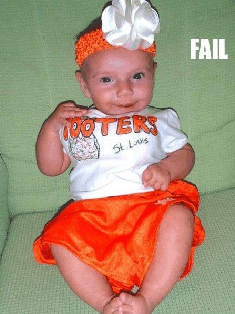 http://www.blippitt.com/baby-costume-fail/