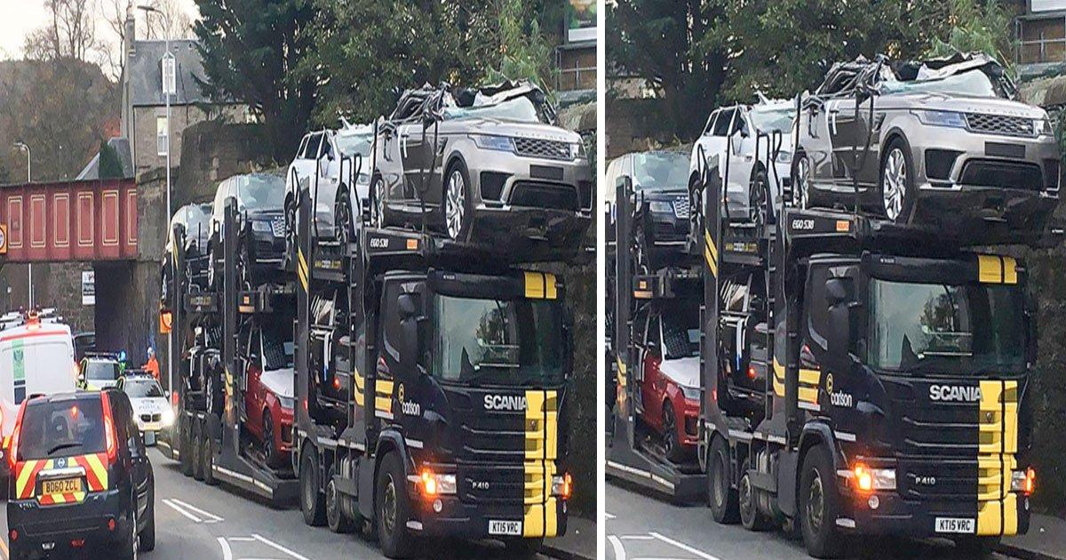 untitled 1 112.jpg?resize=1200,630 - Un chauffeur de camion s'écrase dans un pont et explose 7 voitures de prestige