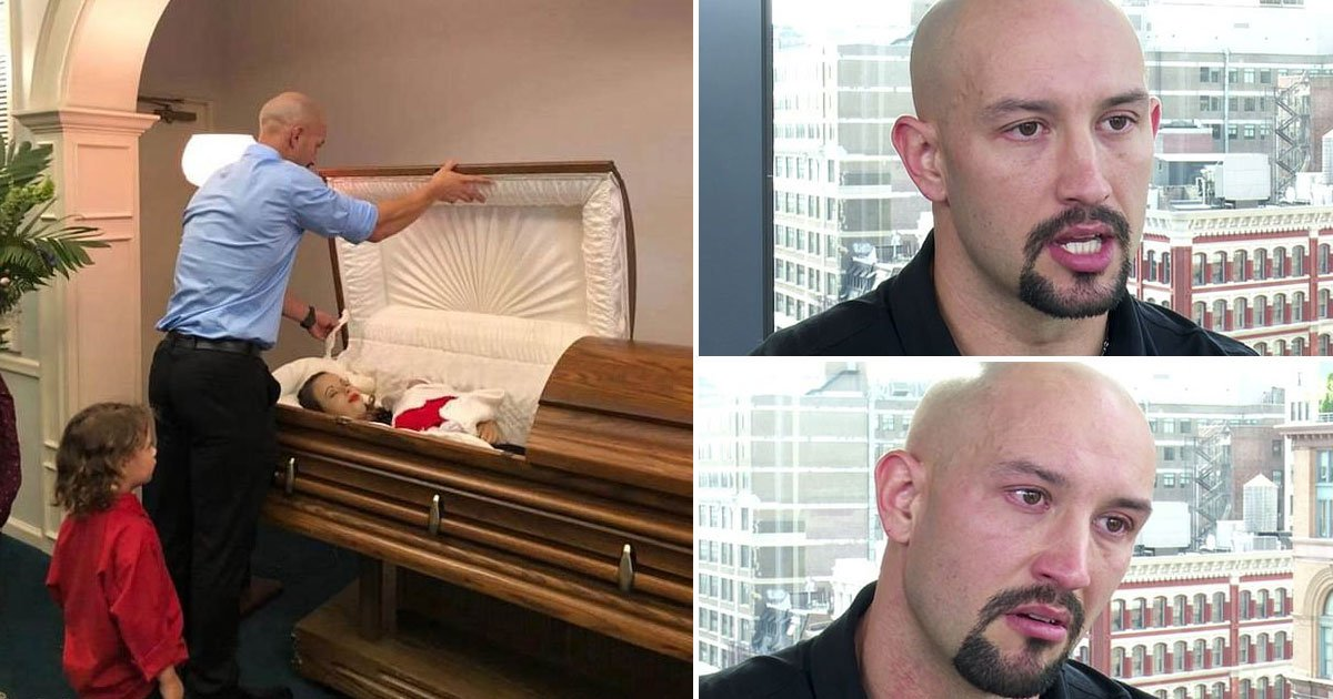 wife funersl.jpg?resize=412,232 - Man Who Shared Pictures From His Wife's Funeral Spoke Out About Her Accident