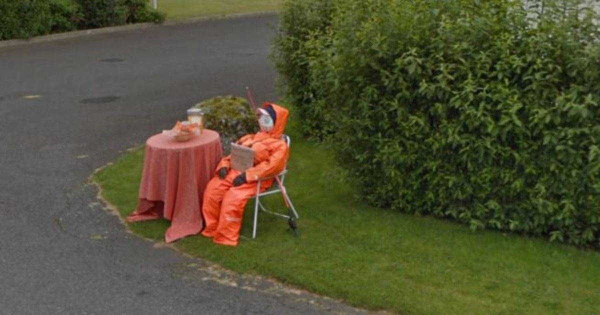 3 150.jpg?resize=1200,630 - Unexplained Photos Found On Google Street View… #16 Is Downright Creepy.