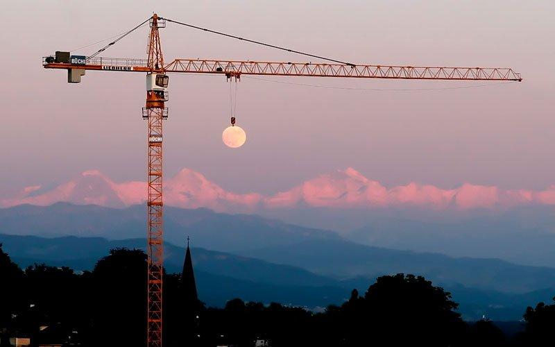 Photograph by Bruno Gerber (via Huffington Post)