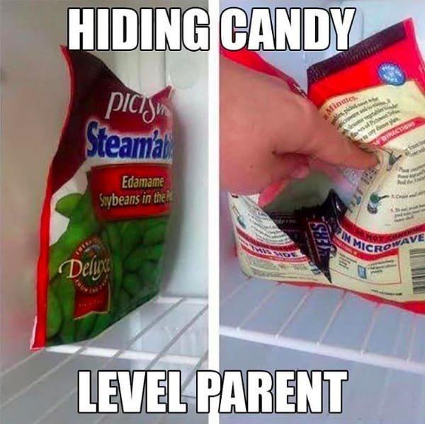 Denn alle Eltern wollen manchmal einfach in Ruhe Schokolade naschen, ohne dass das Kind auch was davon haben will.