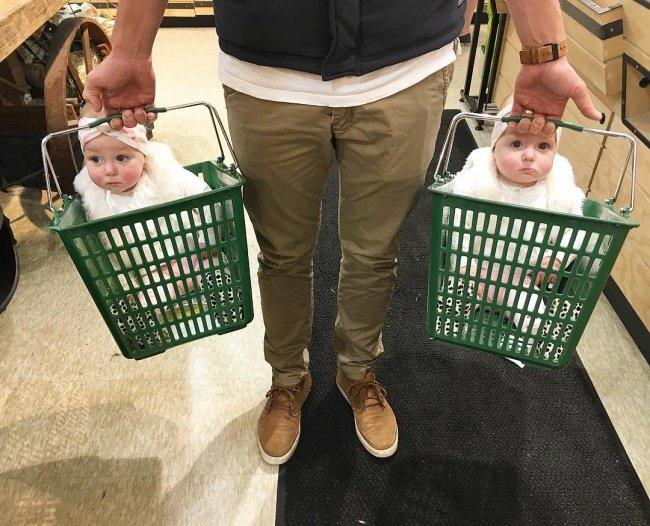baby 2.jpg?resize=412,232 - 25 Fotos, die beweisen, das Einkaufen mit Kindern ist Mission : Impossible