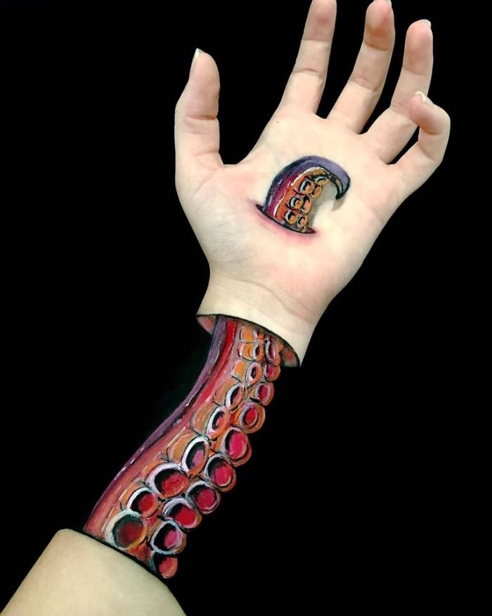 bras illusions optique lisha simpson 04.jpg?resize=412,232 - Cette artiste transforme des bras en créations extraordinaires