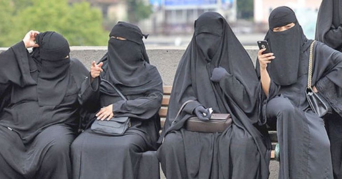 burqa5.png?resize=412,232 - Egypt Considers Banning The Burqa In Public Places In Crackdown Against Islamic Extremists