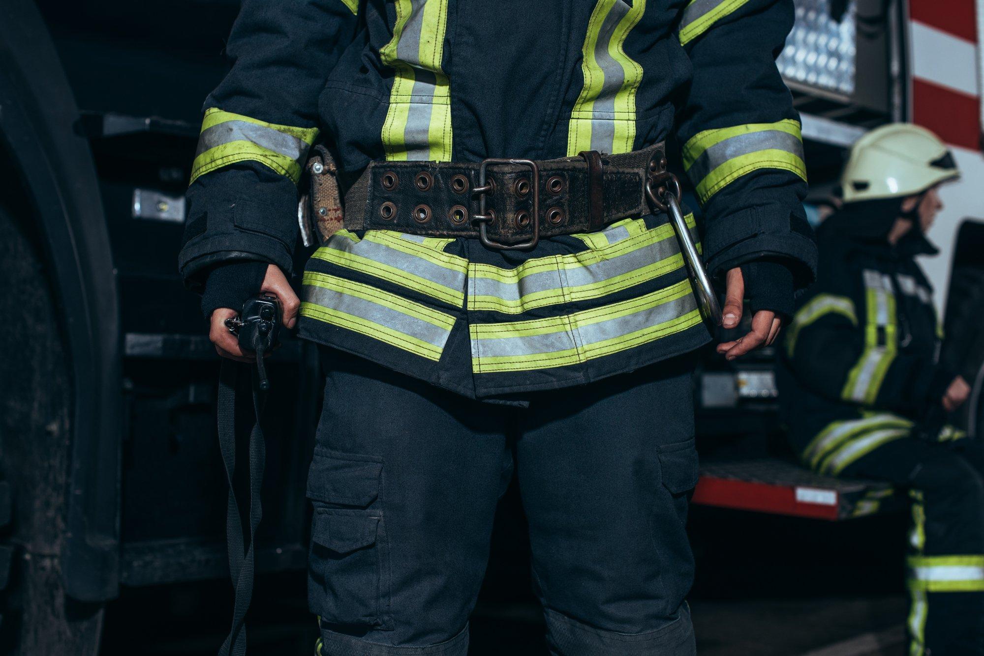 depositphotos 221910914 l 2015.jpg?resize=1200,630 - Viol d'une adolescente par des pompiers : une possible requalification en atteinte sexuelle.