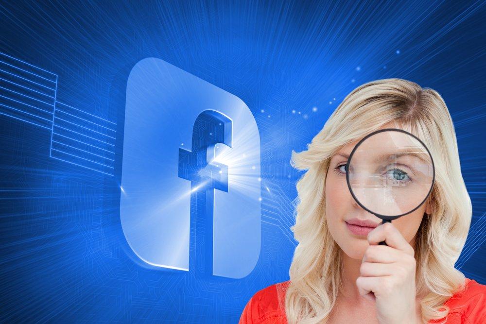 depositphotos 38480651 m 2015.jpg?resize=412,232 - Le Fisc pourra bientôt utiliser vos photos postés sur les réseaux sociaux contre vous.
