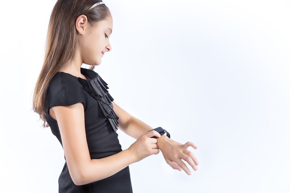 depositphotos 90054412 m 2015.jpg?resize=412,232 - Les montres de localisation pour enfants peuvent être facilement piratées, avertissent les chercheurs