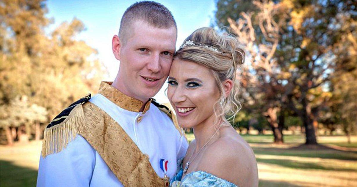 disney lover bride threw disney themed wedding and dressed up as cindrella.jpg?resize=300,169 - Une fan de Disney fait son mariage sur ce thème féérique et s'habille en Cendrillon