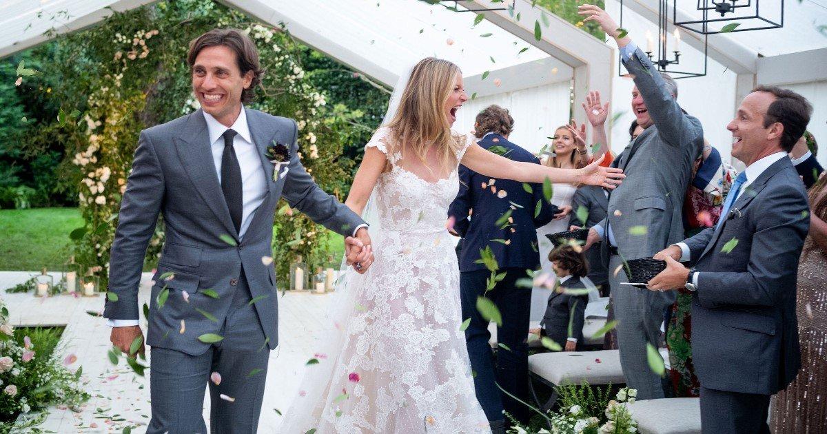 featured image 14.jpg?resize=300,169 - Gwyneth Paltrow partage la première photo de son mariage avec Brad Falchuk