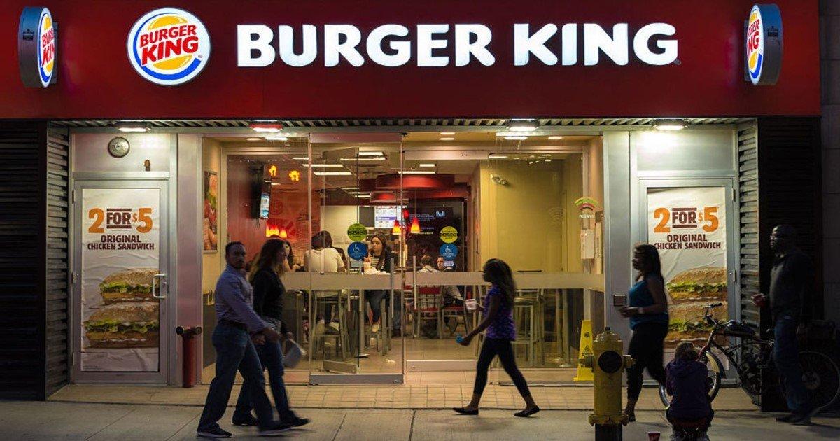 """featured image 58.jpg?resize=412,232 - Un mec sans-abri demande à un employé de Burger King """"Que puis-je obtenir pour 0,50 $?"""" - La réponse d'un adolescent rend Internet content"""