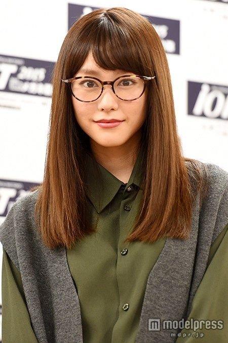 桐谷美玲 メガネ姿에 대한 이미지 검색결과
