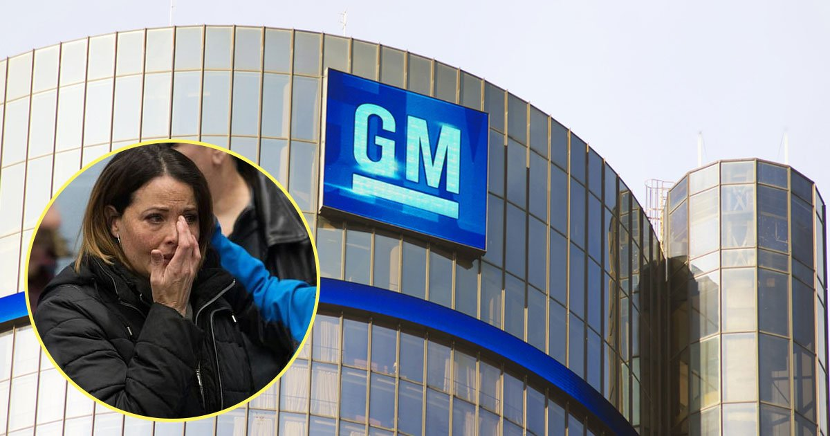 gm job layoff.jpg?resize=1200,630 - Workers Pictured Crying After GM Announced 14,000 Job Layoffs