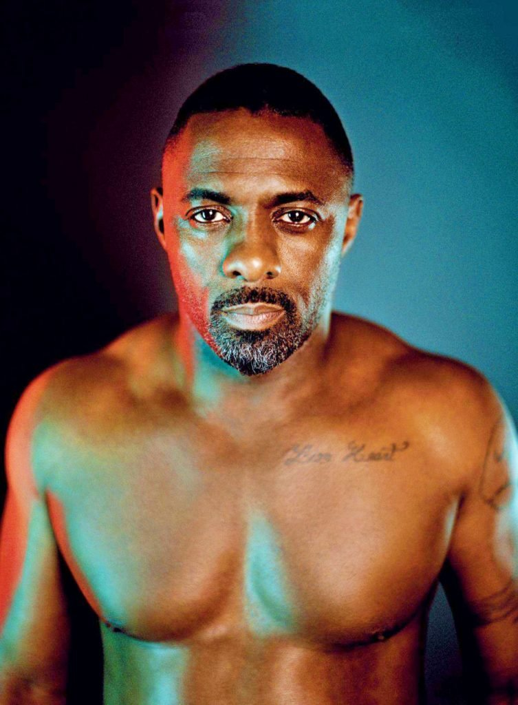 idris elba details 1 753x1024.jpg?resize=300,169 - Idris Elba a été élu l'homme le plus sexy du monde. On vous explique pourquoi en images.