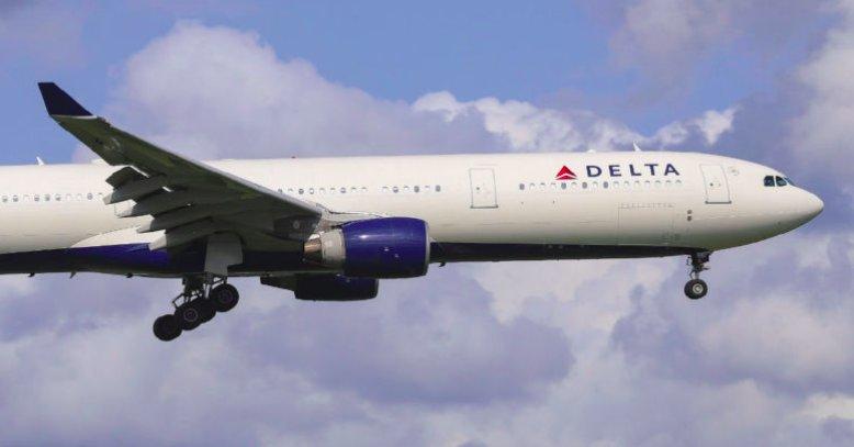 img 5bedbc56575e9.png?resize=412,232 - Delta s'excuse auprès de clients assis dans des excréments pendant un vol vers Miami