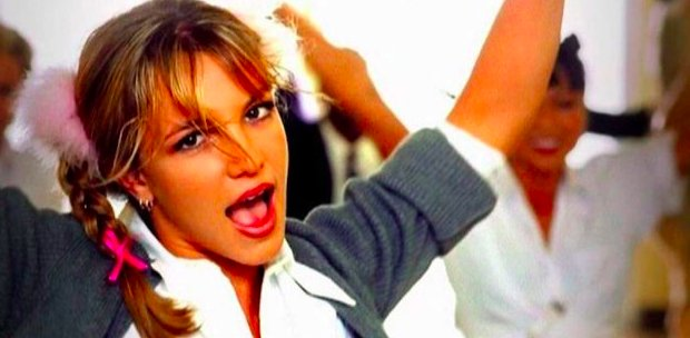 """img 5bfd7cfae3c97.png?resize=412,232 - Britney Spears célèbre les 20 ans de """" Baby One More Time """" avec un souvenir sur Instagram."""