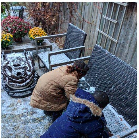 img 5bfdbfb2abfd2.png?resize=412,232 - Le premier ministre Canadien, Justin Trudeau retweete la vidéo d'enfants érythréens voyant de la neige pour la première fois